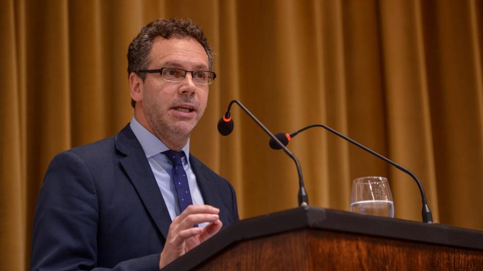 Sandleris celebró el compromiso fiscal de Alberto en medio de las versiones de su continuidad