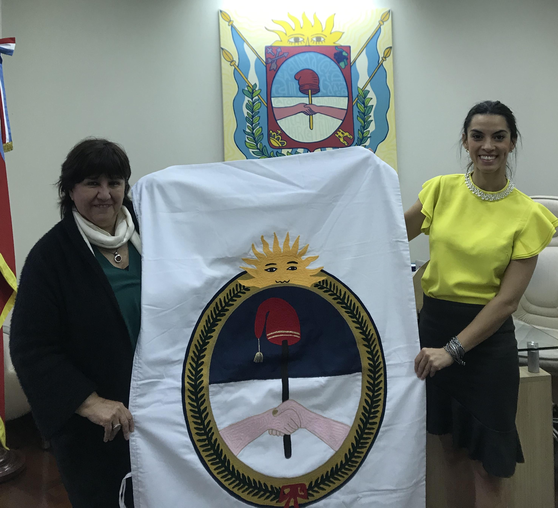 OFEMI cede bandera de ceremonia provincial