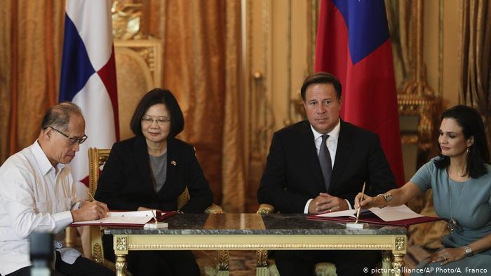 China niega haber sobornado a Panamá para romper con Taiwan