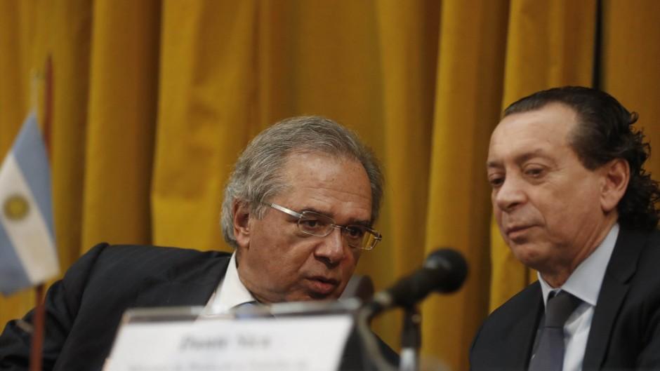 Sica niega que el gobierno haya acordado una baja de aranceles del Mercosur con Bolsonaro