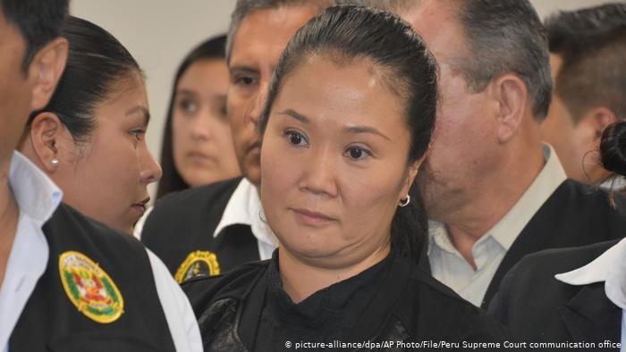 Keiko Fujimori deja temporalmente la política ante amenazas de prisión
