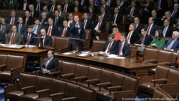 Cámara Baja aprueba juicio político a Trump por obstrucción y abuso de poder