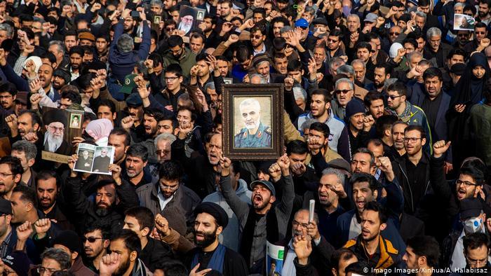 Irán amenaza con atacar objetivos estadounidenses desde el Golfo Pérsico a Tel Aviv