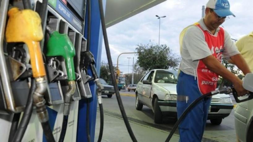 Negocian precios unificados de combustibles
