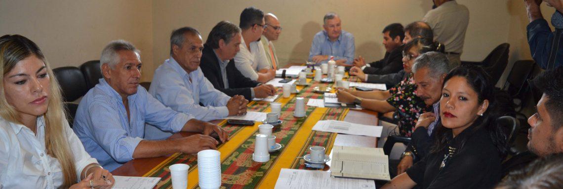 El Ministro Perassi encabezó reunión en el Ministerio de Trabajo
