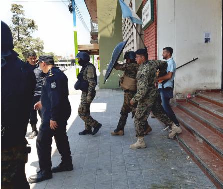 Tras represión a trabajadores, Demarco pretendió arrinconar a Morales