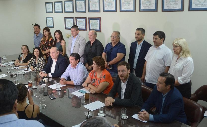 Opositores apoyan el proyecto de intervención de la Justicia