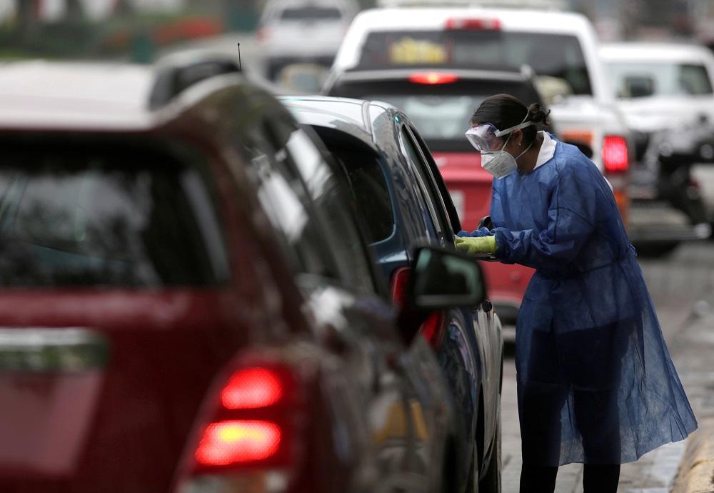 América Latina se prepara contra reloj para pico más alto de pandemia
