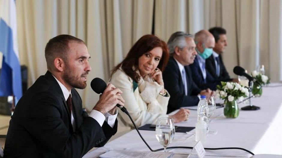 Los grandes fondos también rechazan la oferta de canje de deuda de Guzmán