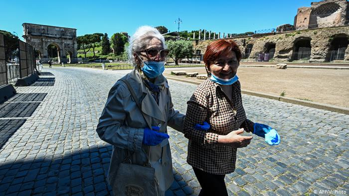 Coronavirus, minuto a minuto: Italia reduce con fuerza total de fallecimientos diarios