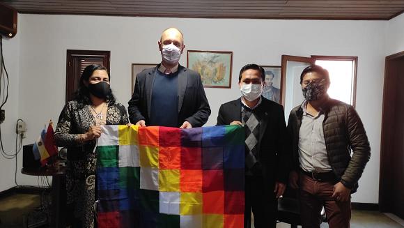 Matías Domínguez se reunió con el cónsul de Bolivia