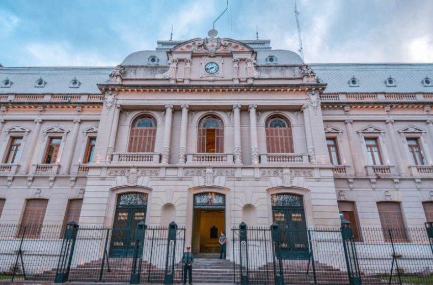 El 19 de abril será día normal para la administración pública