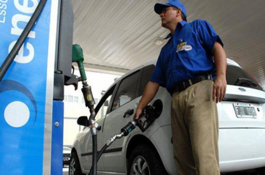 Expendedoras de combustible del NOA-NEA podrían bajar el IVA al 10%
