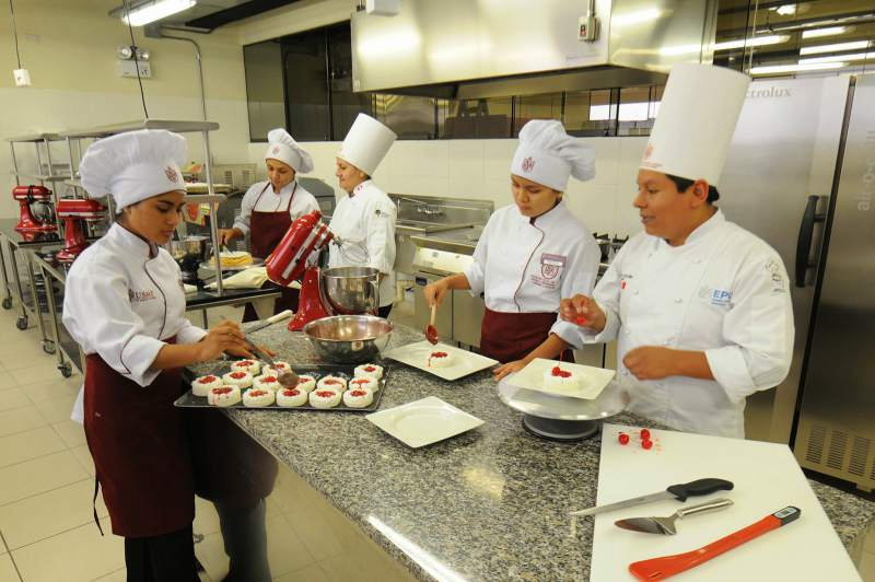 Nación creó el Programa Jóvenes y Micro, Pequeñas y Medianas Empresas