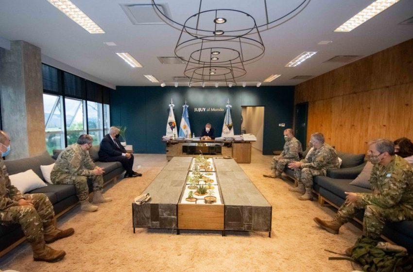 El Gobernador recibió la visita protocolar de autoridades del Ejército