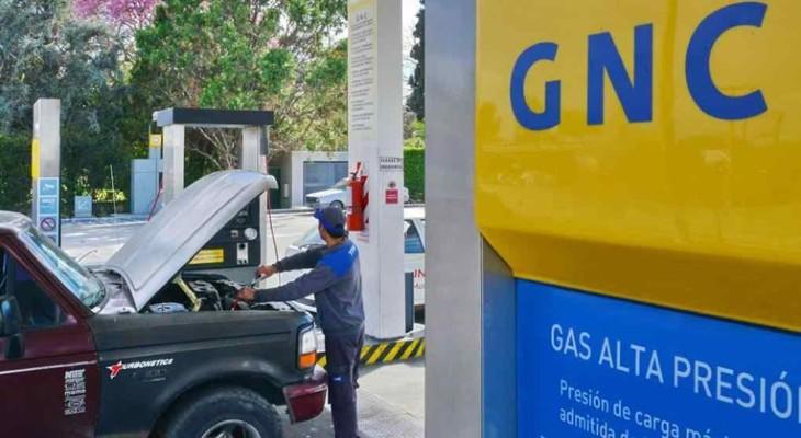 Ante los aumentos desproporcionados del GNC el ENARGAS recibió a ENAC y a los taxistas